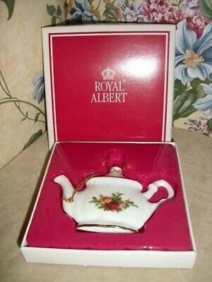 Royal Albert Old Country Roses TEAPOT Ornament Royal Doulton 1998 NEW