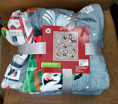 NWT Disney Parks Santa Mickey & Minnie Mouse Reversible Christmas Throw Blanket