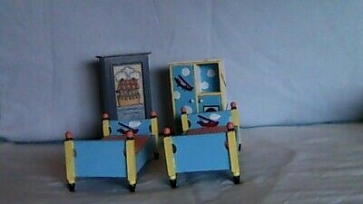 1/12th scale dolls house bedroom furniture