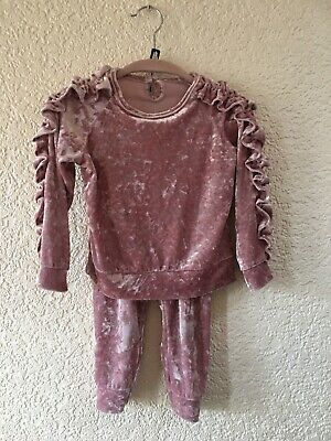 2 Piece Baby Girls Trouser Suit Age 2 Years Pink Velvet Feel Long Sleeves Frill