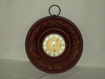 8 Day Wall Clock ~ Key Wind Movement ~ Vintage Wall Time Piece