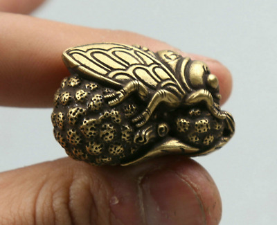 """1.3""""Curio Chinese Bronze Insect Animal Lucky Cicada Cucurbit Gourd Small Pendant"""