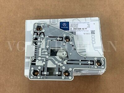 NEW For Mercedes Benz C220-C230-C280 Tail Light Bulb Carrier OES 202 820 12 77