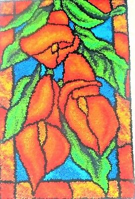 """LATCH HOOK RUG KIT  """"CALLA LILLIES"""" Abstract Floral design by Craftways"""