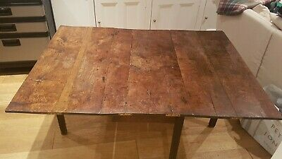 Antique Country Chippendale 18th Century mahogany gate leg dropleaf dining table