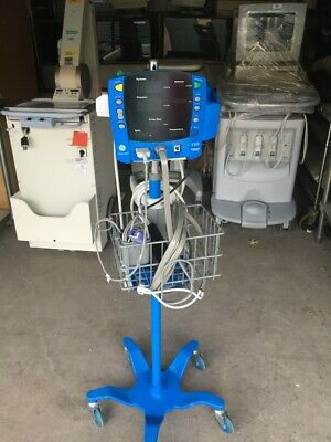 GE Dinamap V100 Patient Monitor with Stand
