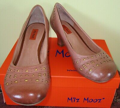 "Miz Mooz ""Trixie"" Leather Pump, Women's Shoes; Size US: 8; RRP: 149.00; NEW"