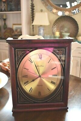 Vintage Seth Thomas Battery Operated Mantle Clock  wooden w/hanger gold face