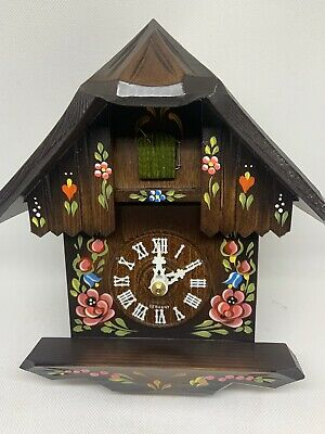 Chalet 1-Day Cuckoo Clock With Hand-Painted Flowers 23cm By Hubert Herr