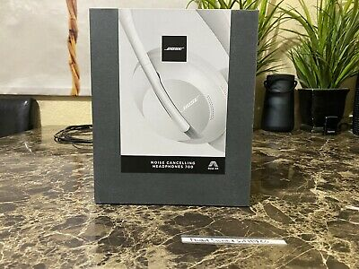 Bose 700 Noise Cancelling Wireless Bluetooth Headphones Luxe Silver 2019 Model