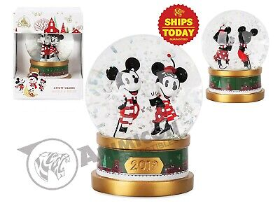 Disney Store MICKEY AND MINNIE HOLIDAY SNOWGLOBE BOXED NIB MOUSE Parks NEW 2019