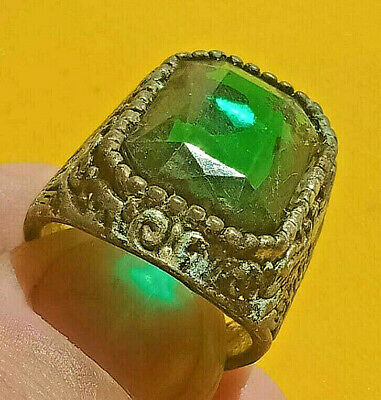 Stunning Ancient ROMAN Ring With Green Stone Silver artifact Amazing Piece.