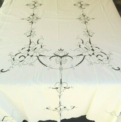 Vintage Hand Embroidered Tablecloth Cotton 64 x 115 Rectangle Banquet