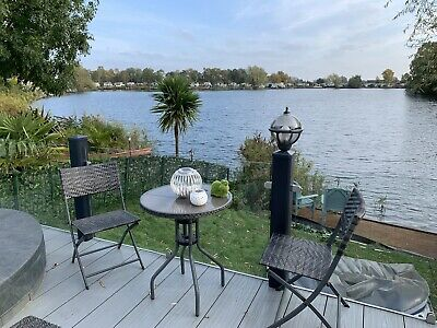 TATTERSHALL LAKES Luxury Lakeside  Lodge With Hot Tub & Private Fishing Peg