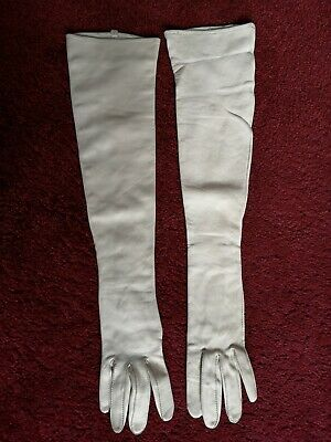 Vintage Beautiful Pair Of Off White Very Soft Leather Long Gloves