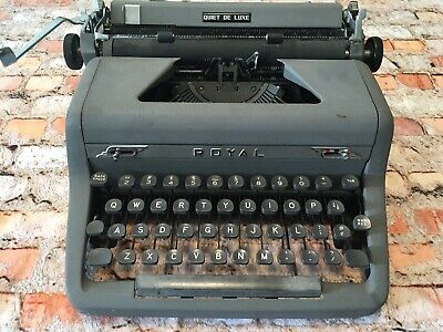 Vintage Royal Quiet Deluxe Portable Manual Typewriter Oiled & Cleaned But *READ!