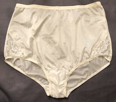 NOS VTG Vanity Fair LARGE 7 Lace Hip Insets Brief Panty 13001 Ivory
