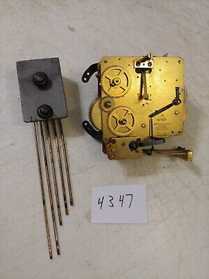 German Overocean Clock Co. Art Deco Westminster Chimes Movement & Bar