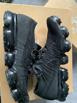 MENS NIKE VAPORMAX AIR FLYKNIT 2 BLACK SPORTS RUNNING TRAINERS SIZE 10 Deadstock