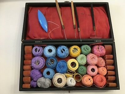 Antique/Vintage Tatting Case and Thread with Hooks