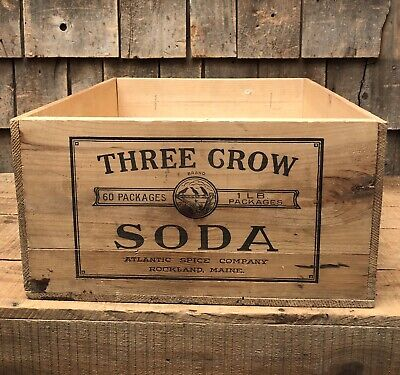 Antique THREE CROW Baking Soda ATLANTIC SPICE Co. Rockland ME Wooden Crate GREAT