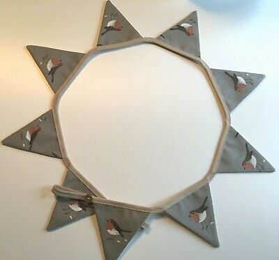 CHRISTMAS MINI  BUNTING Sophie Allport   ROBINS  Perfect for dresser or shelf