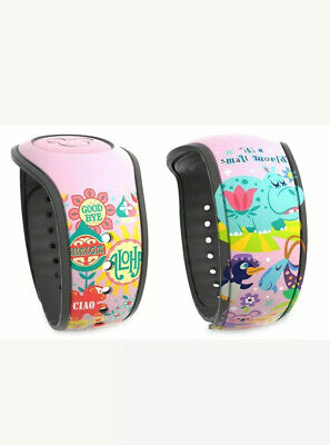 New Disney Parks It's A Small World Magic Band MagicBand 2 Limited Release