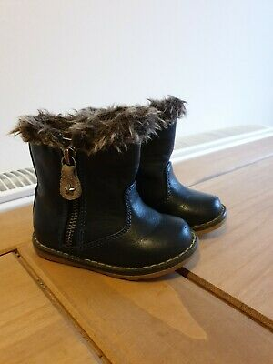 Next Girls Toddler Infant Winter Boots Size 4 good condition