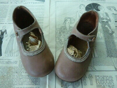 Adorable Leather First Shoes Keepsake Dating From 1935, Children's Vintage Shoes