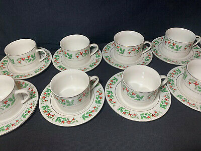 Gibson Everyday Christmas Charm Holly Berry Flat Cups & Saucers Set Of 8