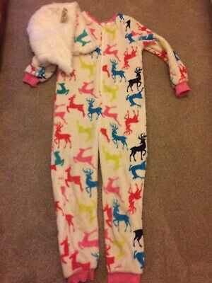 Gorgeous Fleecy Christmas Pyjama suit Age 10