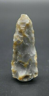 Neolithic flint arrow head C. 4500 - 2500 BC - British found