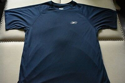 Mens REEBOK Play Dry Short Sleeve Navy Polyester Athletic Shirt Pre-Owned Size L