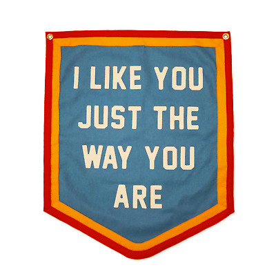 """@etst Kelle Hampton Oxford Pennant Banner """"I like you just the way you are"""" BNWT"""