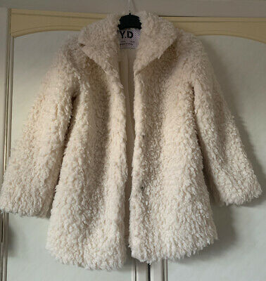 Primark Girls Fluffy Cream White Coat Size 11-12 Years