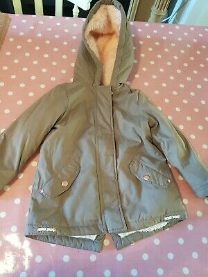 Girls age 3-4 M&S winter coat with hood good condition