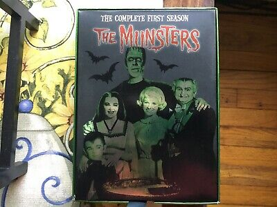The MUNSTERS The Complete First Season (2004) 3-Disc Set