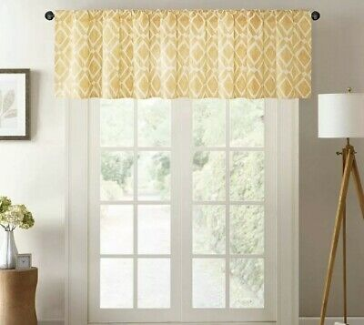 Madison Park Delray Diamond Printed Diamond Window Valance