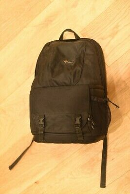 Lowepro Fastpack 250 backpack for SLR kit with laptop compartment