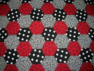 Red & Black Fabric Hexagons X 100 Tacked To Paper Template Epp  Patchwork  Brd