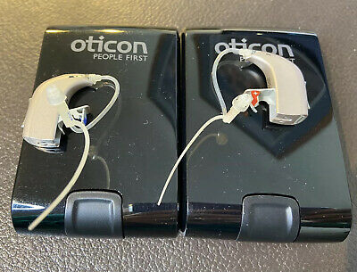 Oticon Spirit Zest BTE Hearing Aids Left & Right Batteries And Instructions