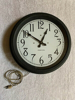 RARE 1930's IBM SLAVE MASTER WALL CLOCK IN PLUG IN WORKING CONDITION - BEAUTY !