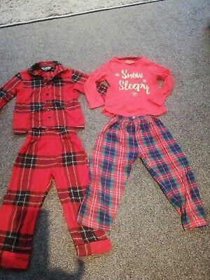 Girls 2 x Matalan Christmas Pyjamas Age 3-4 Years