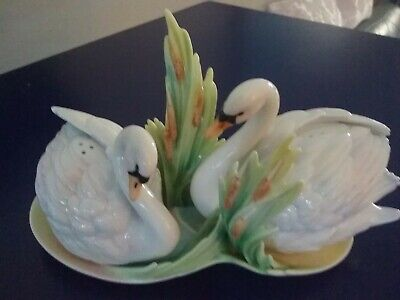 Franz collectable Swan Lake salt pepper beautiful collection mint condition~