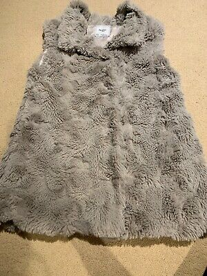 Older Girls Mayoral Faux Fur Gillet Age 14 Years . Winter, Spanish