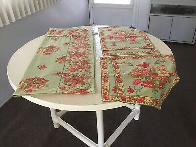 Vintage April Cornell Tablecloth, Placemats & Napkins