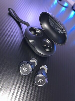 Bang & Olufsen BeoPlay E8 Truly Wireless Earbuds Black Used With Usb Cable