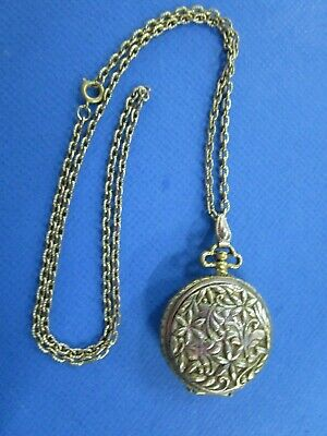 Vintage Gold Tone Ladies Pocket Watch Style Solid Perfume Pendant Compact Locket