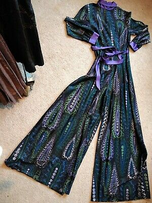 Late 1960 Paisley Jumpsuit Black Green Purple Wide Leg Polo Neck Belt L/Sleeve 8