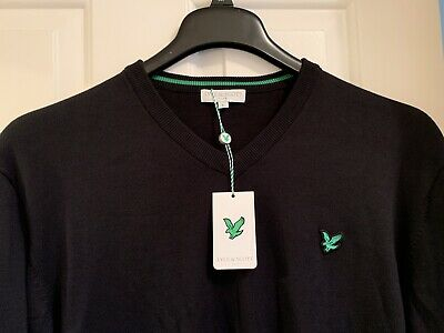 MENS LYLE & SCOTT BLACK V NECKED JUMPER LARGE New With Tags!